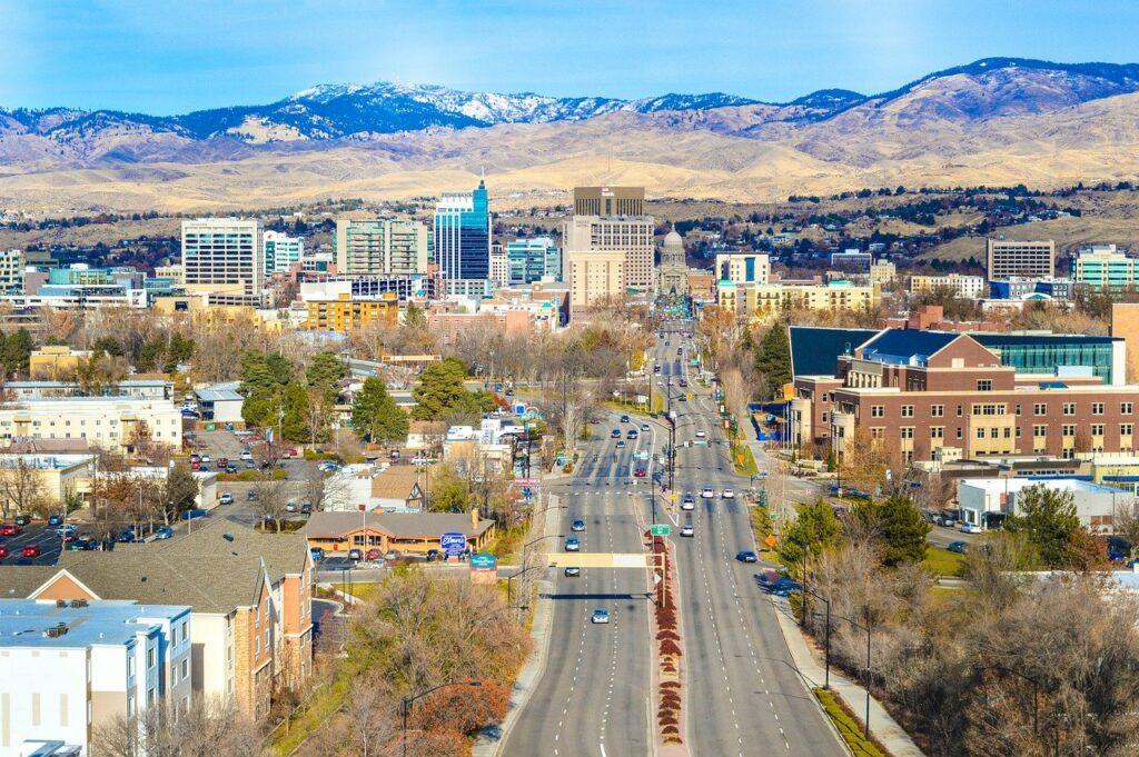 A photo of Idaho.